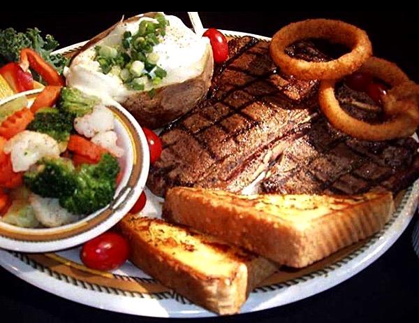 steak toast potato meal